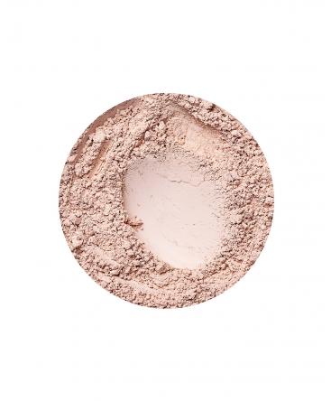 Natural Light deckende Foundation von Annabelle Minerals
