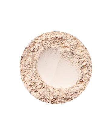 Sunny Fairest deckende Foundation von Annabelle Minerals