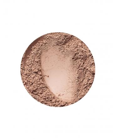 Golden Medium mattierende Foundation von Annabelle Minerals