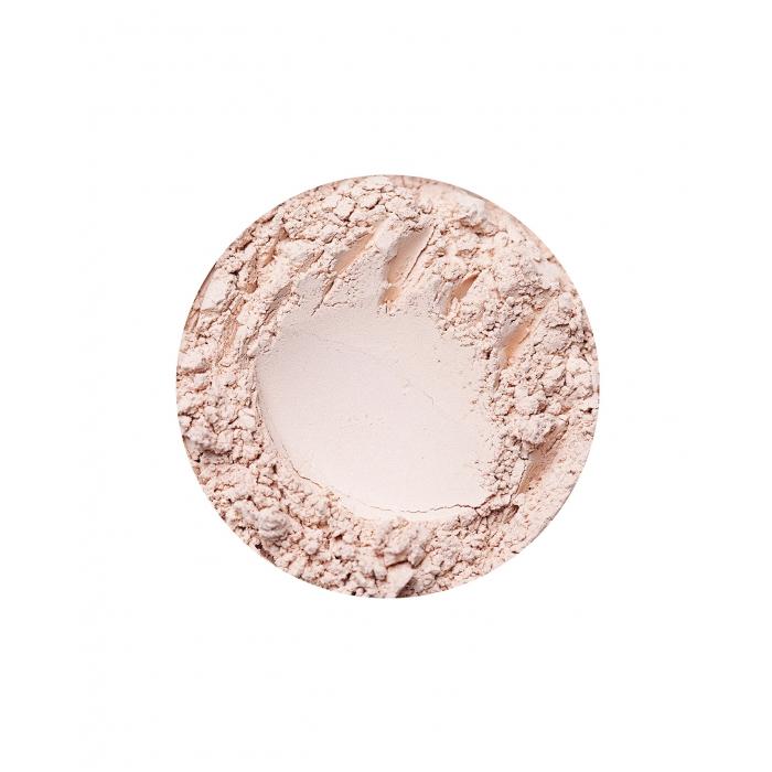annabelle minerals eyeshadow in vanilla