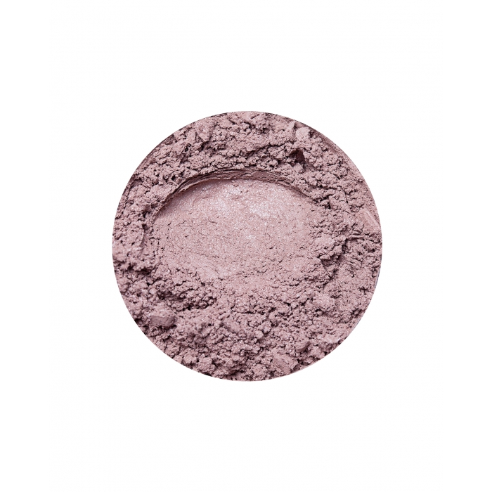 brown eyeshadow in cappuccino