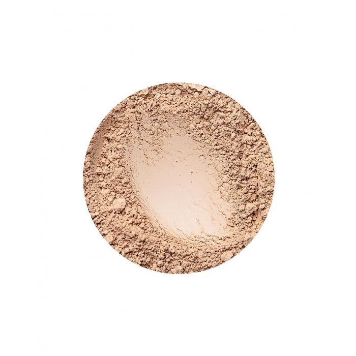 annabelle minerals matte foundation in golden light