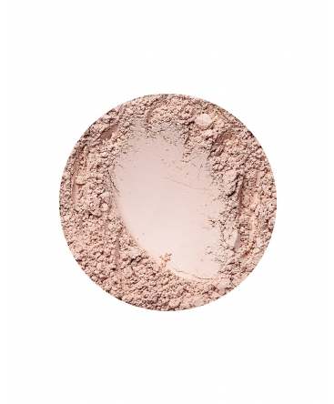 annabelle minerals matte foundation in natural light