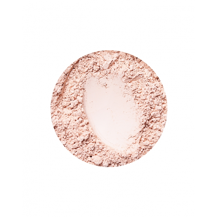 matte mineral foundation for cool skin tones in beige light