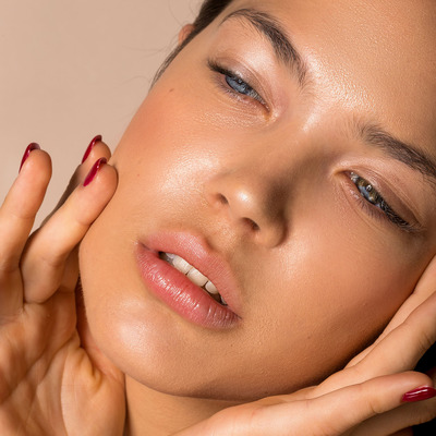 Mineral makeup for dry skin