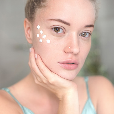 Appropriate skin preparation for mineral makeup