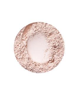 Natural Fairest fedő hatású alapozó az Annabelle Mineralstól