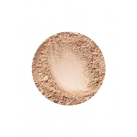 Golden Light matt hatású alapozó az Annabelle Mineralstól