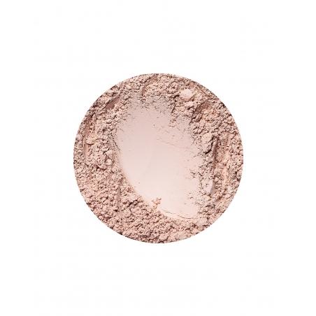 Natural Light matt hatású alapozó az Annabelle Mineralstól
