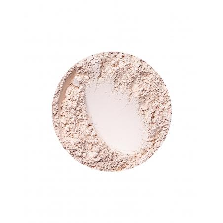 Natural Cream matt hatású alapozó az Annabelle Mineralstól
