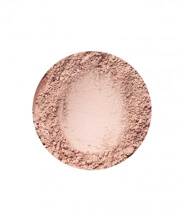 Natural Medium fényes hatású alapozó az Annabelle Mineralstól