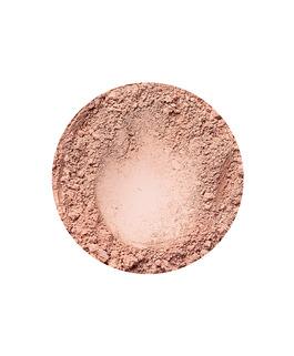 Beige Medium fényes hatású alapozó az Annabelle Mineralstól