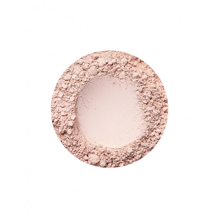 Beige Light fényes hatású alapozó az Annabelle Mineralstól