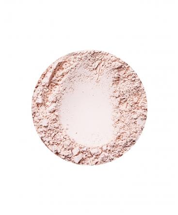 Beige Fairest fényes hatású ásványi alapozó hűvösebb árnyalatú bőrre