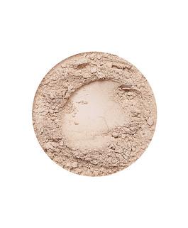 Medium mineral concealer fra Annabelle Minerals