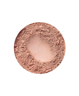 Beige Medium mineral dekkende foundation for mørkere hudtone