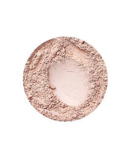 Natural Light dekkende foundation fra Annabelle Minerals