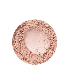 Natural Medium dekkende foundation fra Annbelle Minerals
