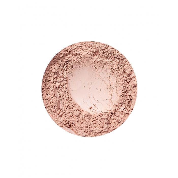 Natural Medium dekkende foundation fra Annbelle Minerals