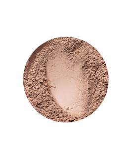 Golden Medium mattende foundation fra Annabelle Minerals