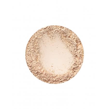 Sunny Light glødende foundation fra Annabelle Minerals