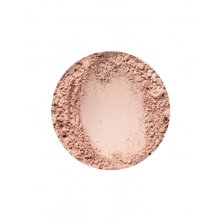 Natural Dark glødende foundation fra Annabelle Minerals