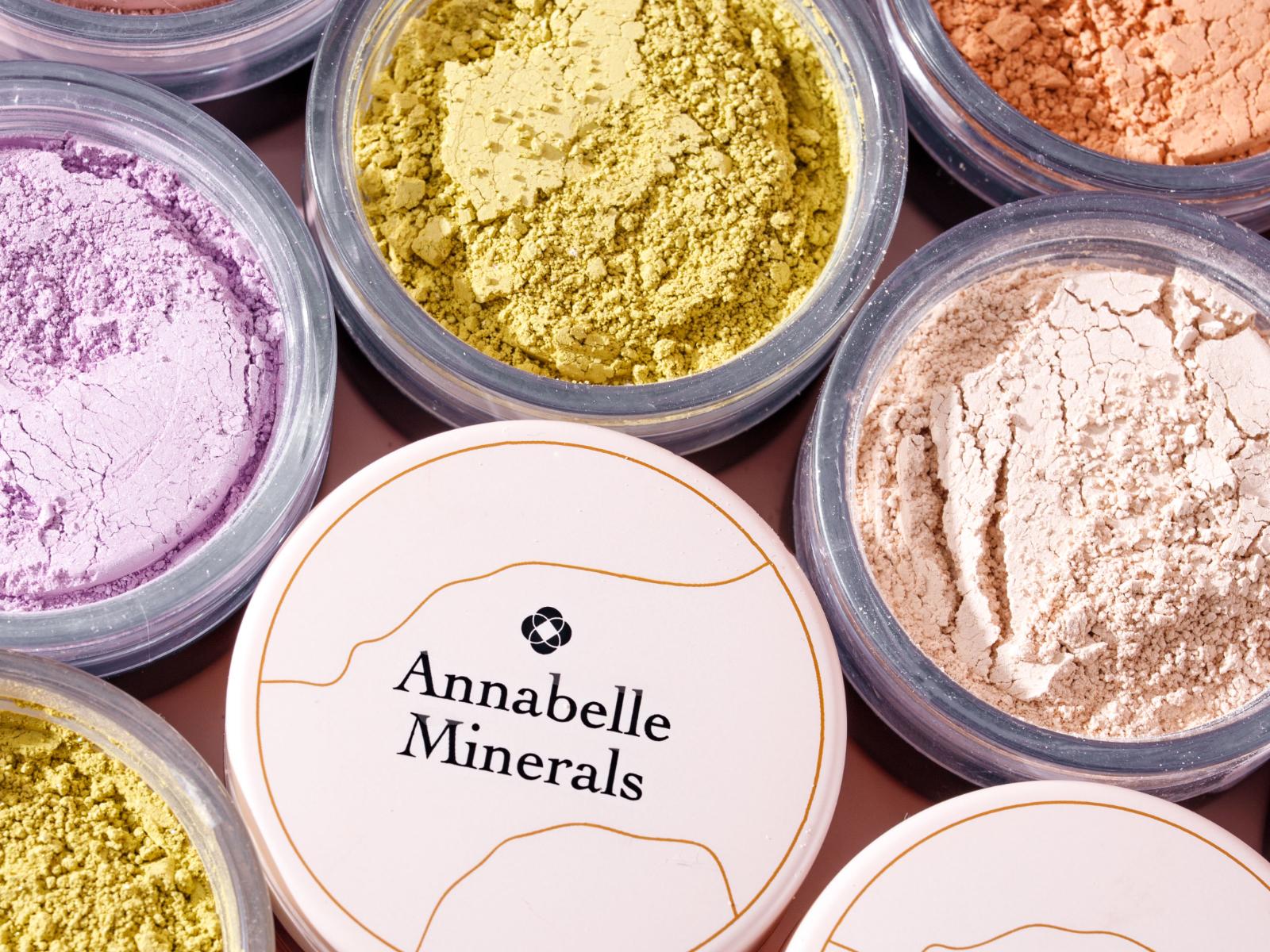 Cienie Annabelle minerals z serii glinkowej i mineralnej