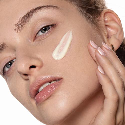 Soft cream Annabelle Minerals