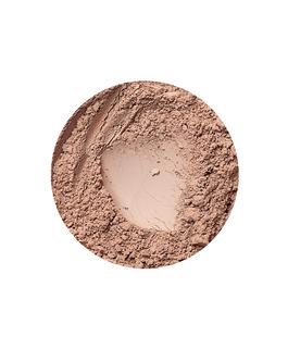 Täckande mineralfoundation för mörk hud Golden Medium